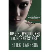 [GIRL WHO KICKED THE HORNETS' NEST] by (Author)Larsson, Stieg on Oct-31-09