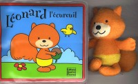 Léonard l'écureuil : Livre de bain empli d'air et personnage en éponge
