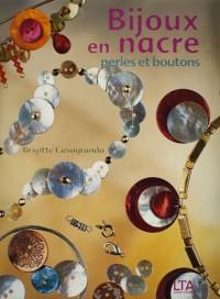 Bijoux en nacre : Perles et boutons