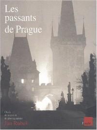Les passants de Prague