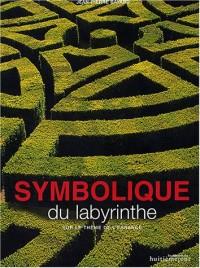 Symbolique du labyrinthe sur le thème de l'errance