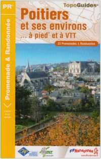 Poitiers Et Ses Environs a Pied