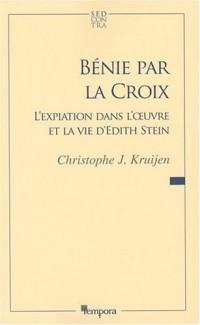 Bénie par la Croix