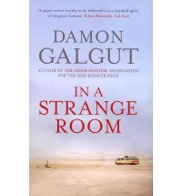[IN A STRANGE ROOM] by (Author)Galgut, Damon on Apr-01-10