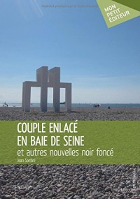 Couple enlacé en baie de Seine