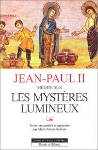 Jean-Paul II médite sur les mystères lumineux